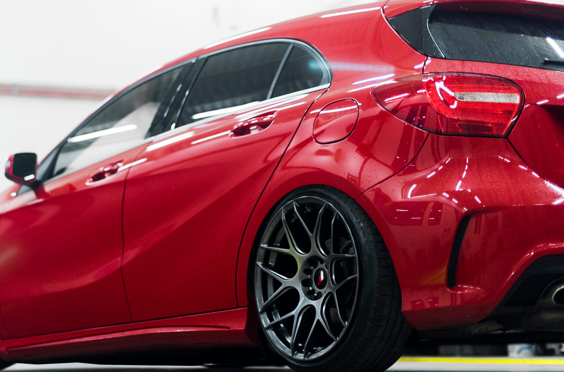 Jr18 red merc