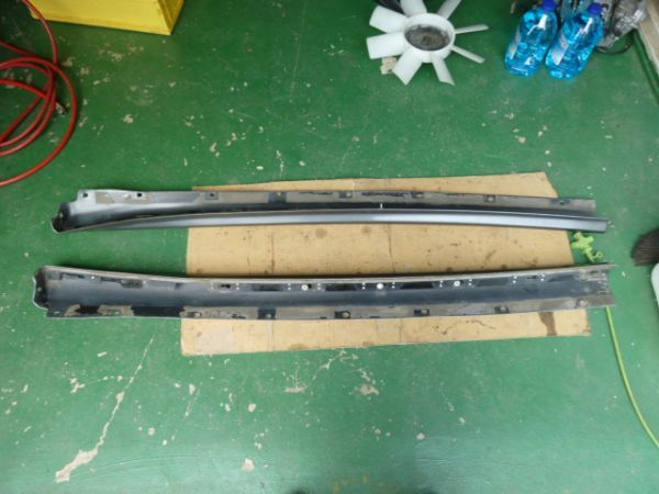 NISSAN SKYLINE R32 GTR - OEM SIDE SKIRTS