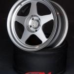 -DESMOND REGA MASTER silver 17 inch alloy wheels for sale uk europe-6
