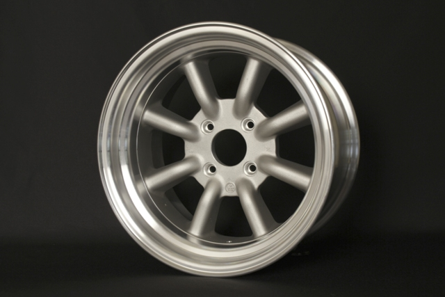 RS Watanabe R-Type 16x8.5