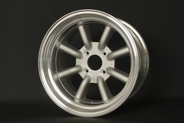 RS Watanabe R-Type 16x9
